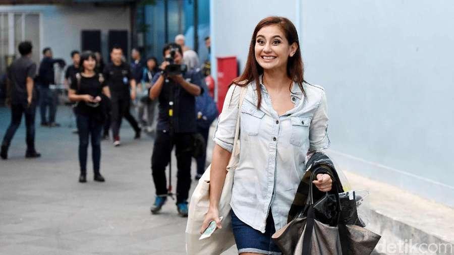 Bahagianya Marissa Nasution dan Suami akan Dapat Anak Kembar