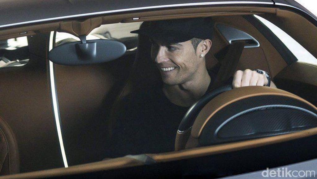 Rayakan Scudetto, Ronaldo Beli Bugatti Teranyar