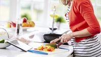 Peneliti Buktikan Masak Sendiri di Rumah Selain Hemat Juga Menyehatkan