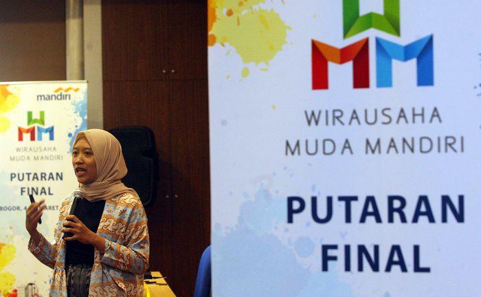 Ajang tersebut digelar untuk mencari bibit-bibit pelaku UKM potensial untuk dibina dan dikembangkan menjadi wirausahawan yang tangguh, kompetitif dan mampu menciptakan lapangan pekerjaan di daerahnya masing-masing seluruh Indonesia. (Foto: dok. Bank Mandiri)