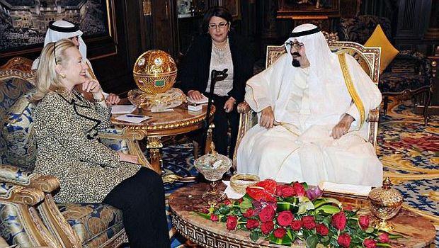 Hillary Clinton dan Raja Abdullah.