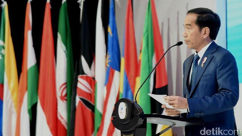Jokowi Kembali Bantah Akan Rombak Kabinet dalam Waktu Dekat