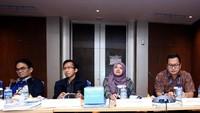 Pimred detik.com Iin Yumiyanti (kedua kanan) turut menjadi salah satu dewan juri untuk ajang tersebut. (Foto: dok. Bank Mandiri)