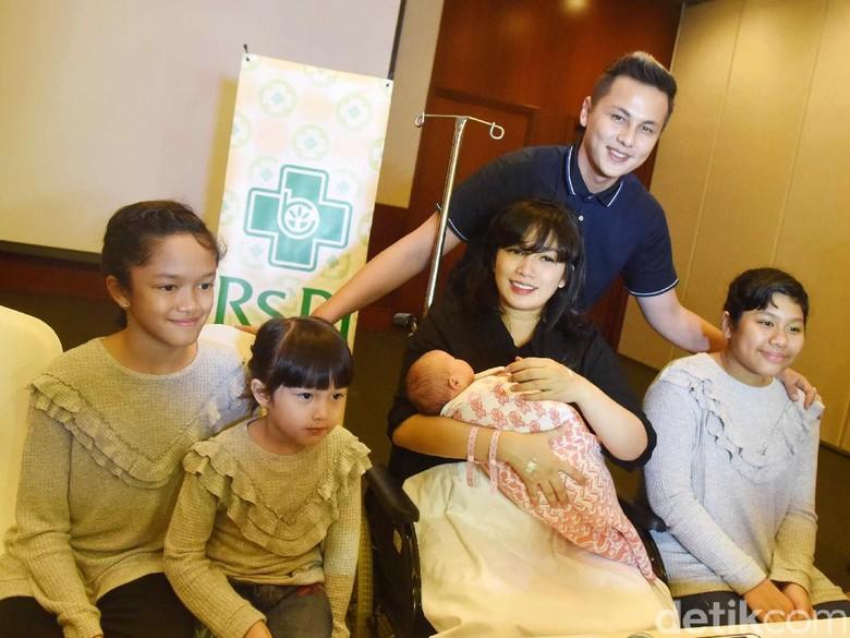 Ussy Sulistiawaty Larang Anak Punya Akun Instagram