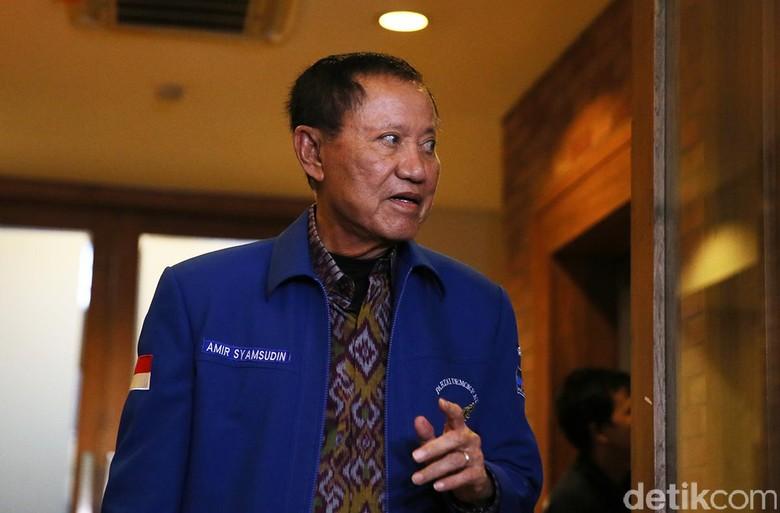 Amir ke Lukas Enembe: Silakan Dukung Jokowi, Tapi Jangan Lecehkan PD!