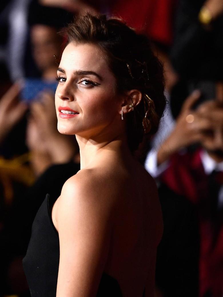 Main di Harry Potter, Emma Watson Kerap Bikin Kacau Dialog