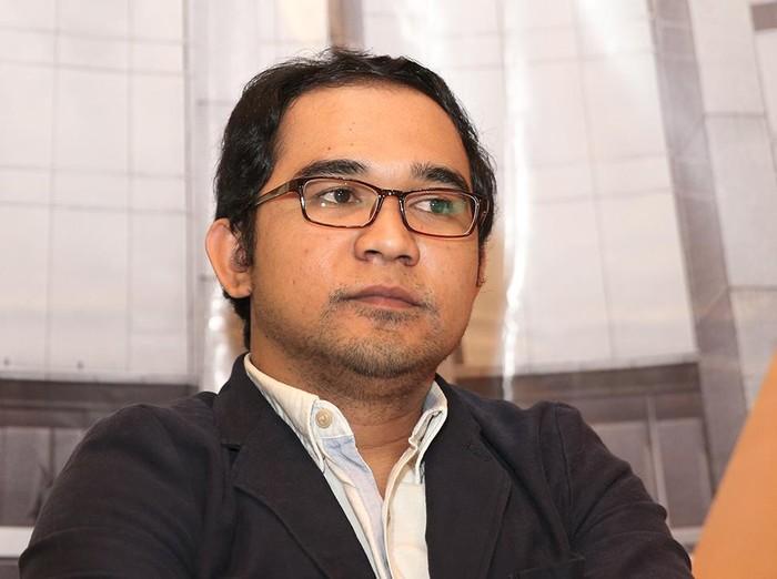 Direktur Advokasi PUKAT UGM, Oce Madril