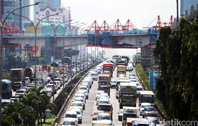 Image Result For Kecelakaan Tol Cawang