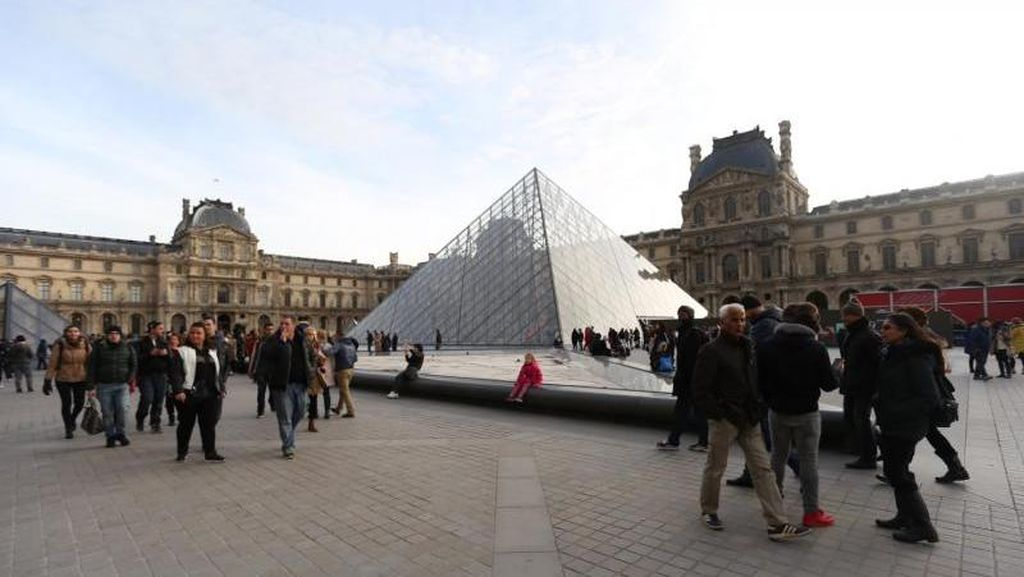 Museum Louvre Paris Pecahkan Rekor Dunia karena Beyonce dan Jay-Z