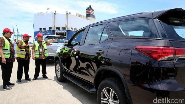 Mobil Toyota buatan Karawang yang siap ekspor