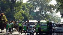 Tagih Pemenhub 108, Sopir Angkot Bandung Siap Mogok Massal