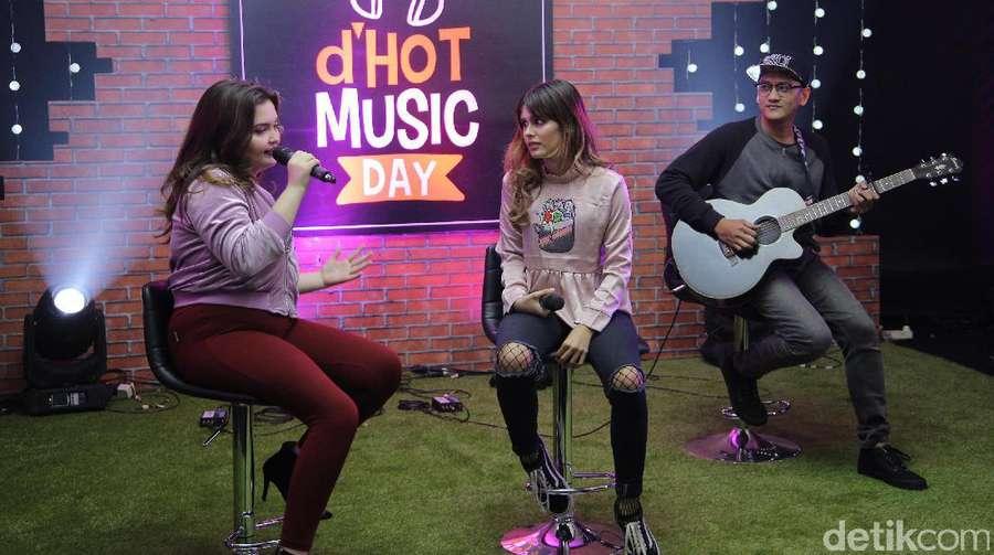 Penampilan Manis JB & Petty di dHOT Music Day