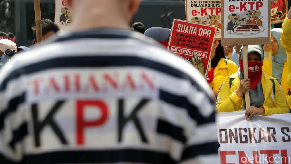 Pemerintah Ngutang Triliunan untuk APBN Malah Dikorupsi