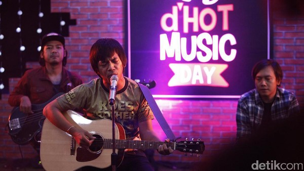 Diam Tanpa Kata DMasiv Panaskan dHOT Music Day