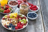 Survei: 92 Persen Kaum Millennial Lebih Sering Ngemil Dibandingkan Makan