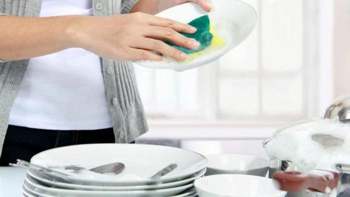 cara cuci piring menyenangkan