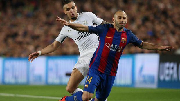 Eks pemain Barcelona Javier Mascherano memilih bermain di China saat sudah berkepala tiga.