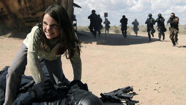 Akting Dafne Keen sebagai Laura Kinney di 'Logan'