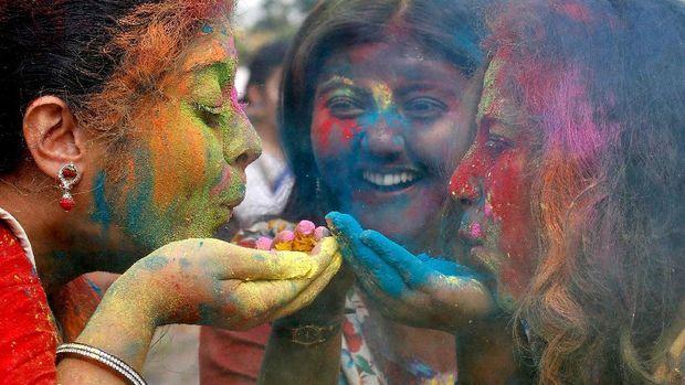 4 Tempat Terbaik Dunia Untuk Menikmati Festival Holi