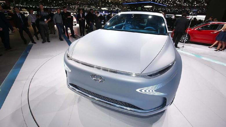 Mobil hidrogen Hyundai Foto: Pool (Motor1)