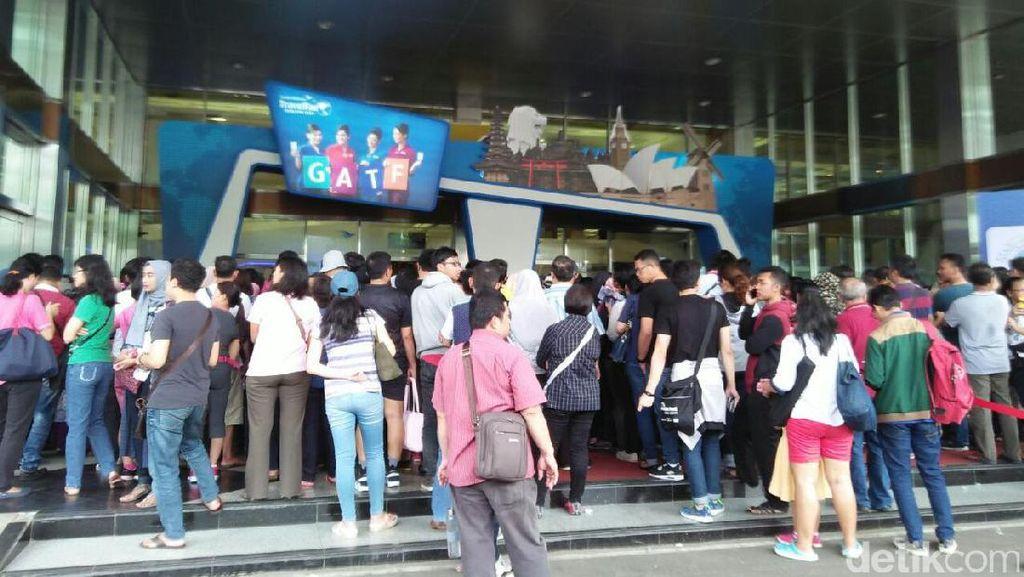 Hari Terakhir Garuda Travel Fair, Pengunjung Antre Sejak Subuh