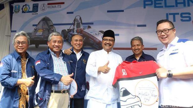 Lelang kaos tanda tangan Wagub Jatim Gus Ipul