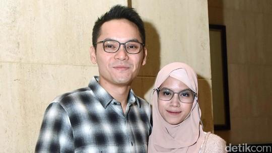 Bahagianya Ben Kasyafani bersama Sang Istri