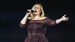 Lantaran masalah kesehatan baik biasa maupun masalah kesehatan yang cukup parah, sepuluh penyanyi ini harus membatalkan konsernya.
