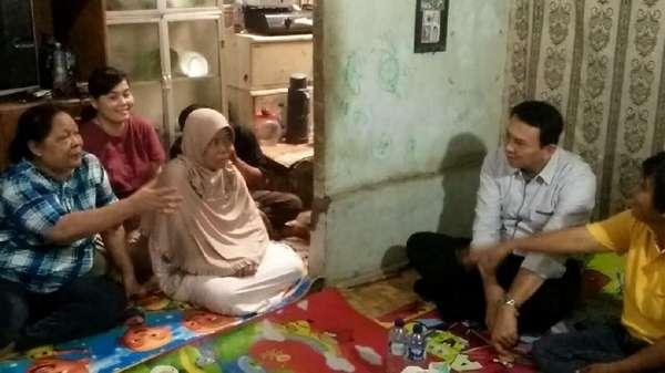 Ahok Kunjungi Keluarga Nenek Hindun