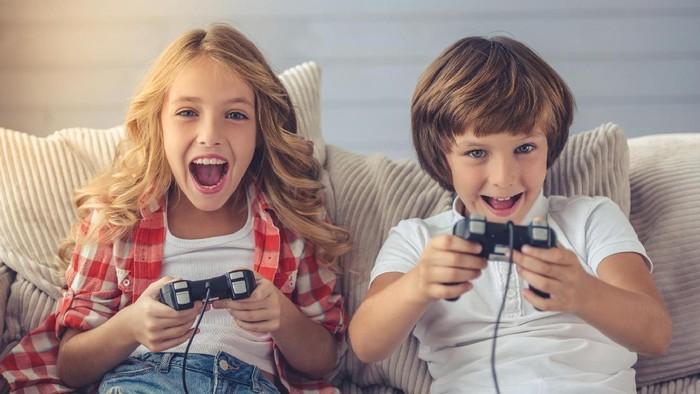 ilustrasi anak main video game