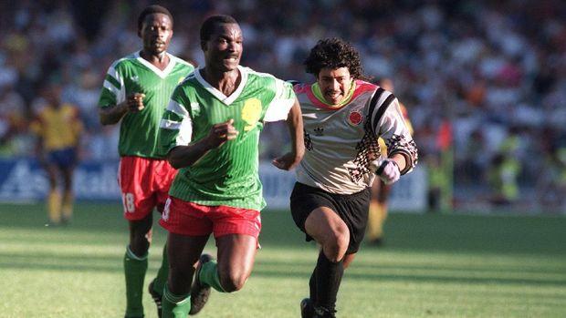 Roger Milla tampil mengejutkan di Piala Dunia 1990.
