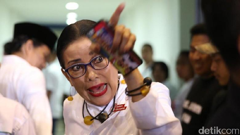 Saling Sindir soal Ibunda Vs Cucu Tim Jokowi dan Prabowo