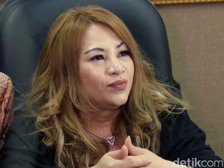 Keluarga Tegaskan Tidak Ada Rekayasa dalam Pernikahan Aming-Evelyn