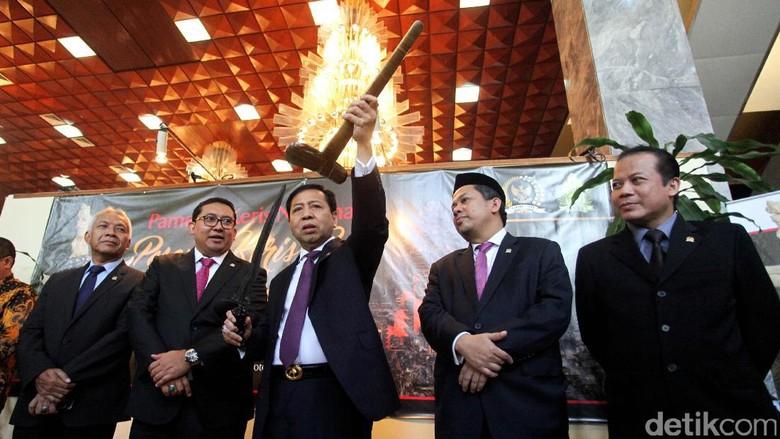 Pimpinan DPR Belum Terima Surpres RUU Pertembakauan