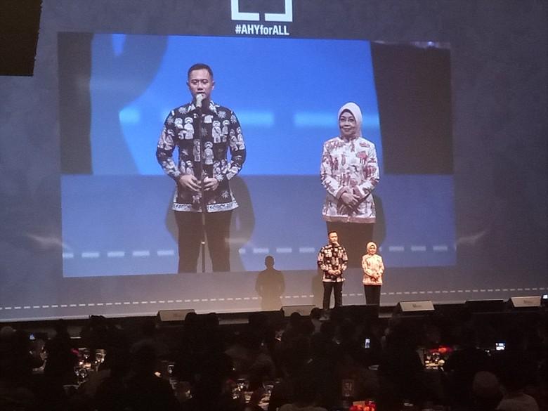 Agus-Sylvi Gelar Perpisahan dengan Relawan, SBY Hadir