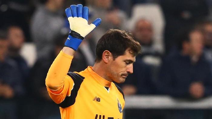 Serangan jantung bisa terjadi pada siapa saja, bahkan atlet sebugar Iker Casillas juga tidak kebal (Foto: REUTERS/Stefano Rellandini)