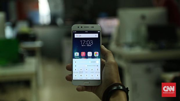 Lima Ponsel Saingan Xiaomi Redmi 5 Plus di Indonesia