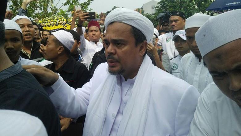 Upaya FPI Galang Dana Bantu Habib Rizieq Bayar Denda