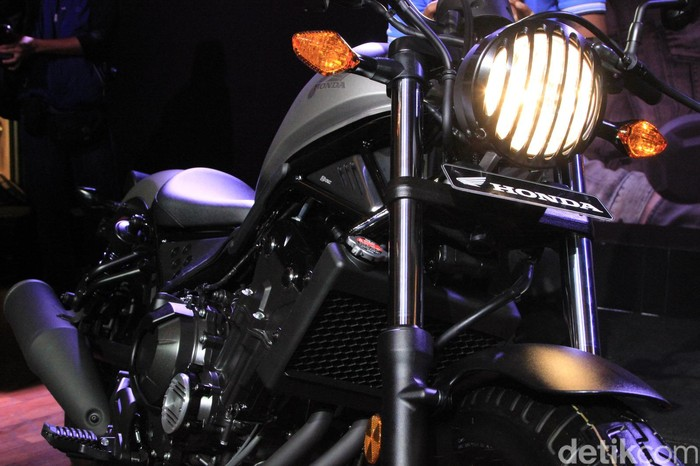 Honda CMX500 Rebel