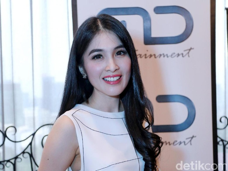 Sudah Berumur, Sandra Dewi Masih Gemari Film Disney