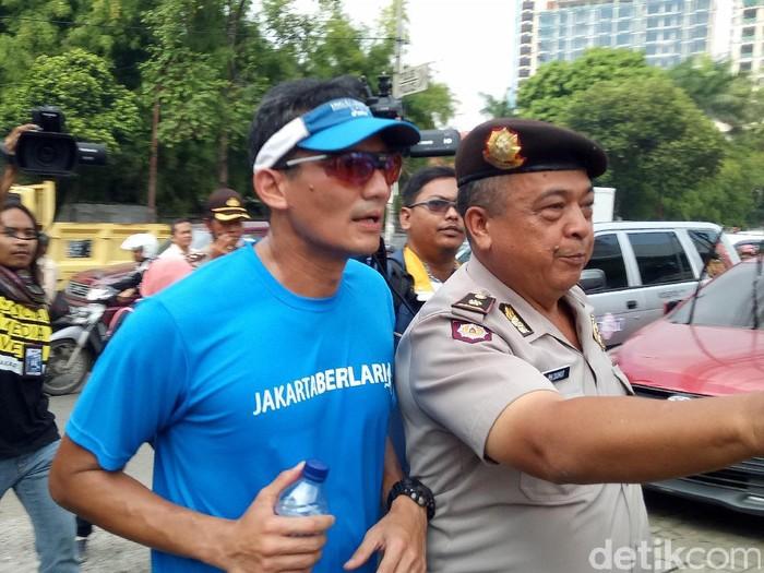 Sandiaga saat sedang lari pagi. (Foto: Muhammad Fida Ul Haq/detikcom)