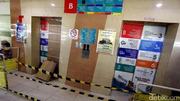 12 Orang Korban Lift Jatuh di Blok M Square Jalani Operasi