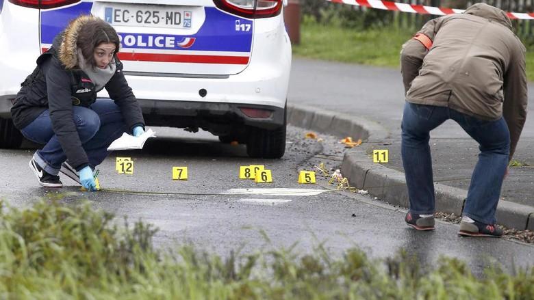 Seorang Pria Ditembak Mati di Bandara Paris