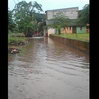 Jakarta Diguyur Hujan, Cipinang dan Duren Sawit Kembali Tergenang