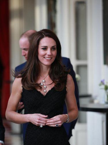 Foto: Senyum Tulus Kate Middleton Pasca Kabar William Selingkuh