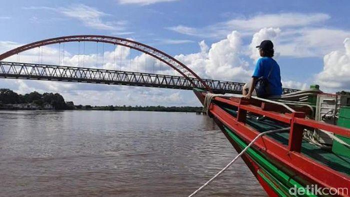 Foto: Suasana di Sungai Kahayan, Palangkaraya
