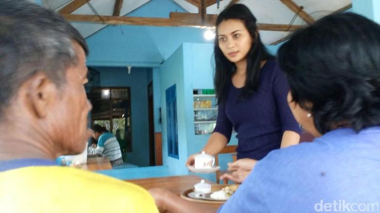 Foto ABG SMP Ngangkang Di Motor Wwwpalmtubemobi Cewek