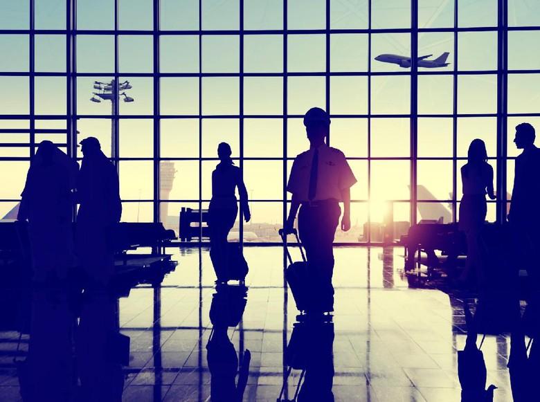 Legalkan Ganja, Bandara Vancouver Punya Area Rokok Khusus