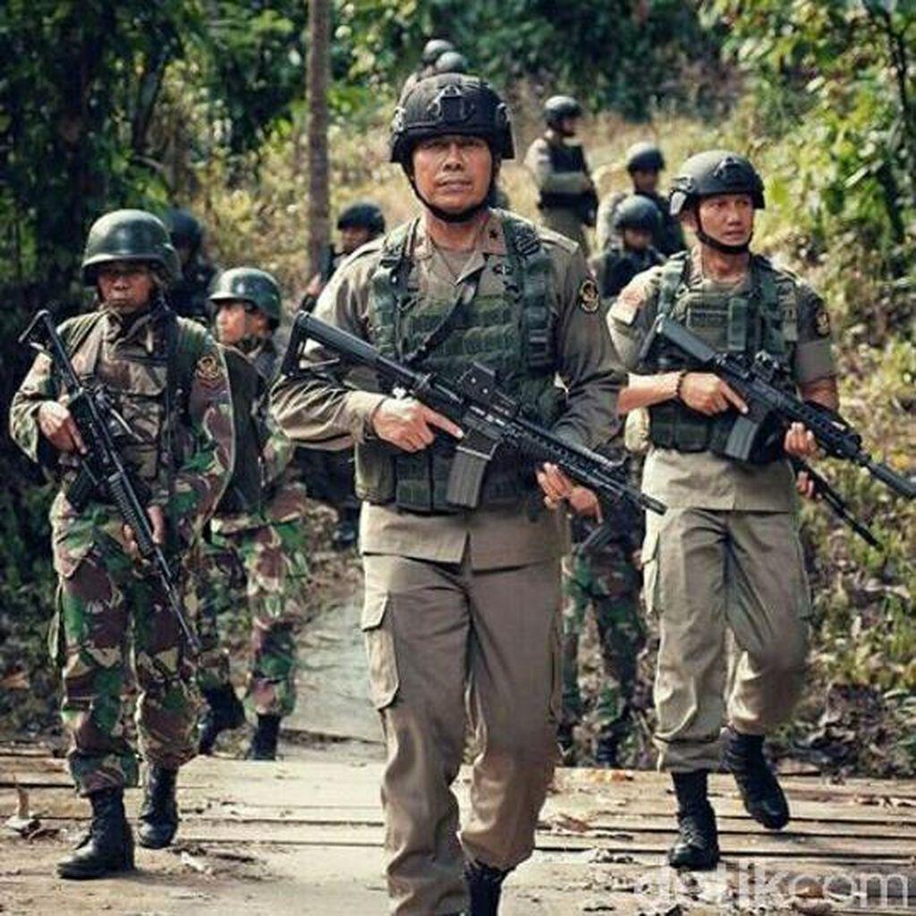 Ansyaad Mbai: Pelibatan TNI Berantas Teroris Jangan Dihebohkan