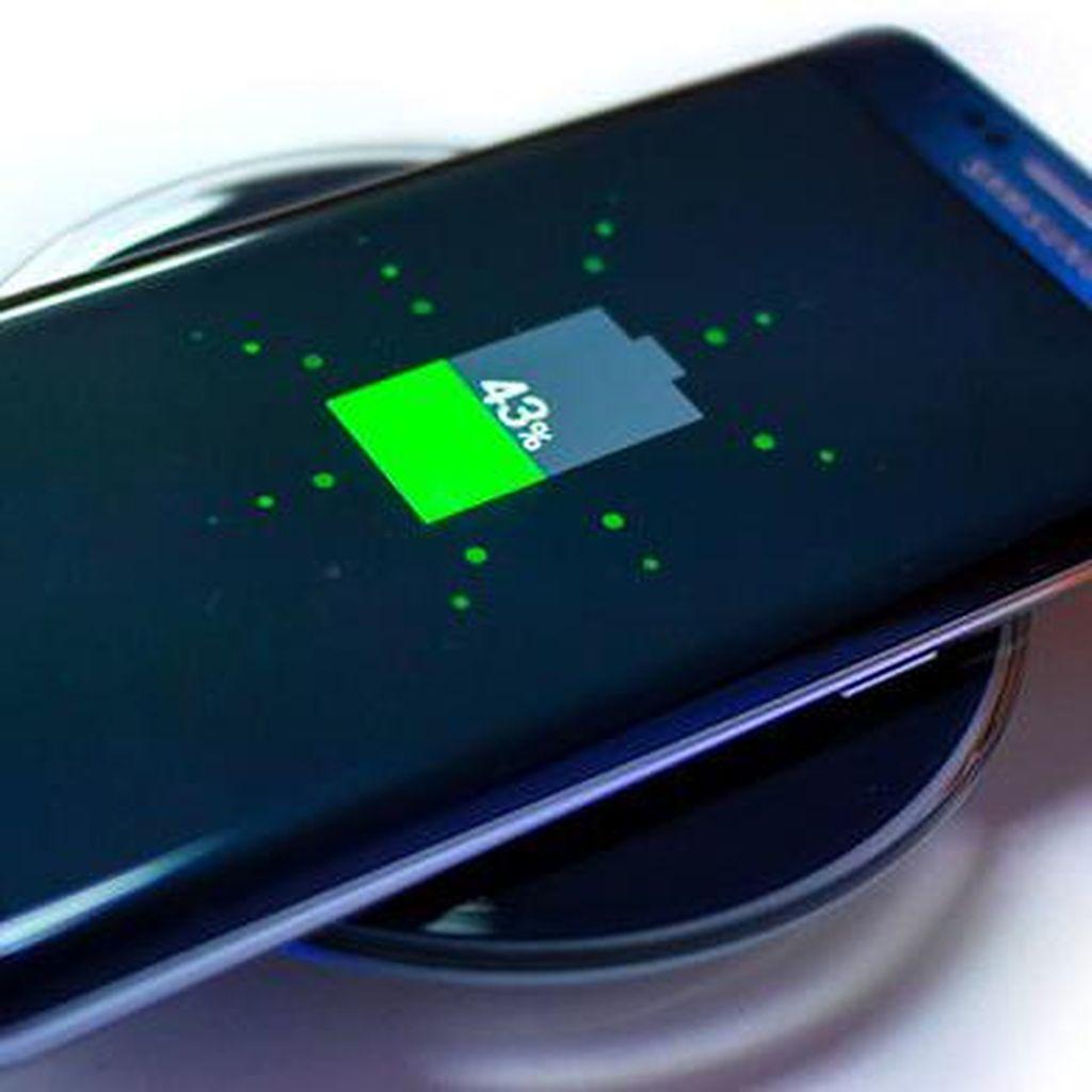 Charging Saat Baterai 0% Bikin Ponsel Rusak?